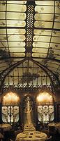 """Europe/France/Ile-de-France/Paris: """"BELLE-EPOQUE"""" - Restaurant """"la Fermette Marboeuf"""" 5 rue Marboeuf [Non destiné à un usage publicitaire - Not intended for an advertising use]<br /> PHOTO D'ARCHIVES // ARCHIVAL IMAGES<br /> FRANCE 1990"""