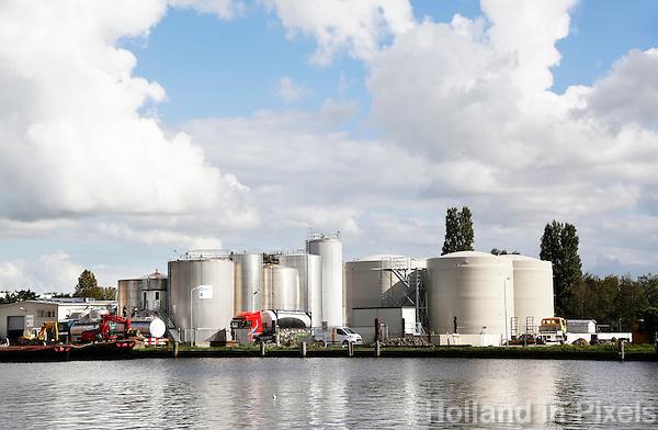 Nederland Wormer 2015. Groot's Extractiefabriek langs de Zaan.  Foto Berlinda van Dam / hollandse Hoogte