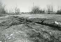 1998 February ..Conservation.Campostella Heights..Campostella Heights Study.Vacant Lot..Lot #10 corner looking Northeast.Waltham & Arlington...NEG#.NRHA#.02/98  SPECIAL: Camp.1 2:15:24.