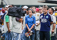 SAO PAULO, SP, 17 FEVEREIRO 2013 - CAMPEONATO PAULISTA - CORINTHIANS X PALMEIRAS - Gilson Kleina treinador do Palmeiras durante partida contra o Corinthians pela oitava rodada do Campeonato Paulista no Estadio Paulo Machado de Carvalho, o Pacaembu na regiao oeste da capital paulista, neste domingo, 17. (FOTO: WILLIAM VOLCOV / BRAZIL PHOTO PRESS).