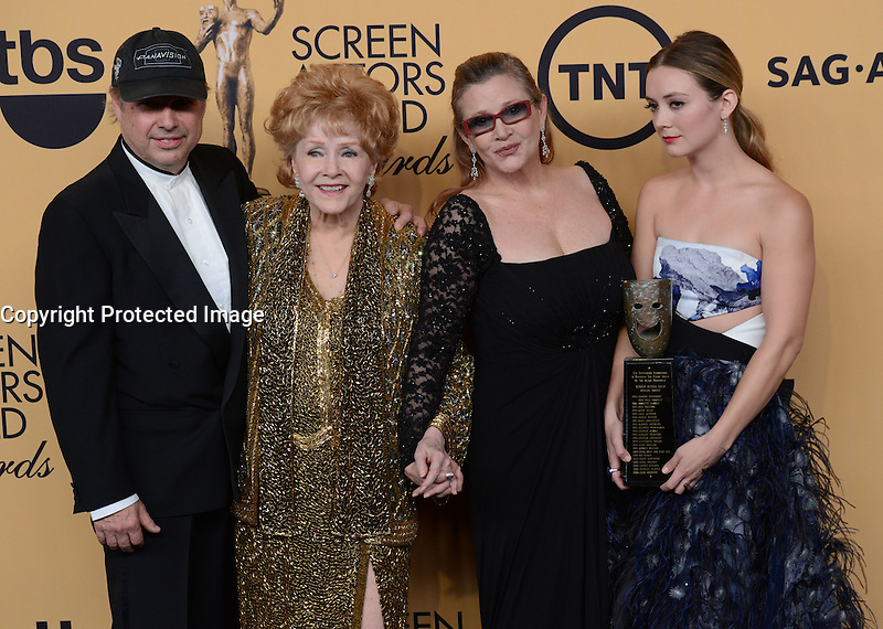 TODD FISHER + DEBBIE REYNOLDS + CARRIE FISHER + BILLIE LOURD @ the 21st Screen Actors Guild Awards held @ the Shrine auditorium.<br /> January 25, 2015
