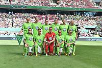 20170527 - KOELN , GERMANY : Wolfsburg's team before the kick off of the final of German Women's Cup 2017 - Pokal Final Frauen , a soccer women game between SC Sand and holders VfL Wolfsburg  , at the Rhein Energie Stadion , saturday 27 th Mayl 2017 . PHOTO SPORTPIX.BE | DIRK VUYLSTEKE