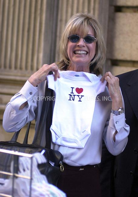 WWW.ACEPIXS.COM . . .  ....NEW YORK, JULY 2, 2002 ....STOCK PHOTO: LINDA GRAY....Please byline: ACE007 - ACE PICTURES... *** ***  ..Ace Pictures, Inc:  ..Philip Vaughan (646) 769-0430..e-mail: info@acepixs.com..web: http://www.acepixs.com