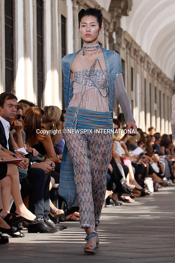 "MISSONI.Milan Fashion Show, Milano_27/09/2009.Mandatory Credit Photo: ©NEWSPIX INTERNATIONAL..**ALL FEES PAYABLE TO: ""NEWSPIX INTERNATIONAL""**..IMMEDIATE CONFIRMATION OF USAGE REQUIRED:.Newspix International, 31 Chinnery Hill, Bishop's Stortford, ENGLAND CM23 3PS.Tel:+441279 324672  ; Fax: +441279656877.Mobile:  07775681153.e-mail: info@newspixinternational.co.uk"