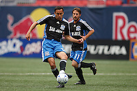 San Jose Earthquakes midfielder Ramiro Corrales (12) passes the ball. The New York Red Bulls defeated the San Jose Earthquakes 2-0 during a Major League Soccer match at Giants Stadium in East Rutherford, NJ, on April 27, 2008.