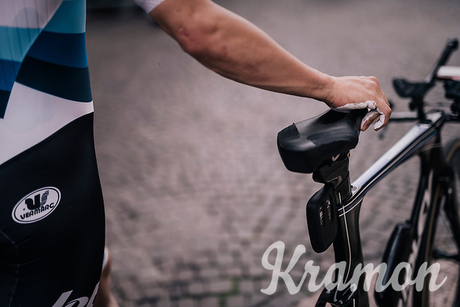 European TT champion Victor Campenaerts (BEL/Lotto-Soudal) at the start of the iTT with his hands powdered up <br /> <br /> stage 16: Trento – Rovereto iTT (34.2 km)<br /> 101th Giro d'Italia 2018