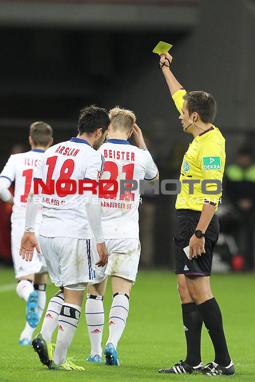 09.11.2013, BayArena, Leverkusen, GER, 1.FBL, Bayer Leverkusen vs Hamburger SV, im Bild<br /> F&radic;ľnfte gelbe Karte  f&radic;ľr Tolgay Arslan (Hamburg #18) von Robert Hartmann (Schiedsrichter)<br /> <br /> Foto &not;&copy; nph / Mueller *** Local Caption ***