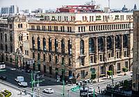 high angle view of the Mexican post office in the historic center of Mexico City. (Photo: Luis Gutierrez / NortePhoto.com)<br /> <br /> vista de angulo alto del oficnas de correos mexicanos en el centro Historico de la Ciudad de Mexico. (Foto: Luis Gutierrez / NortePhoto.com)