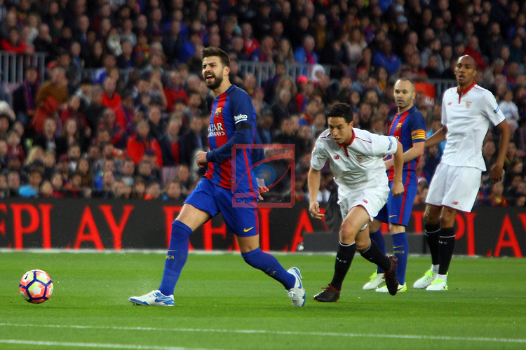 League Santander 2016/2017. Game: 30.<br /> FC Barcelona vs Sevilla FC: 3-0.<br /> Gerard Pique vs Nasri.