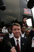 Columbia, South Carolina.USA.February 3, 2004..Senator Johon Edwards makes a stop at a polling station on election day in South Carolina and speaks breifly with the press.