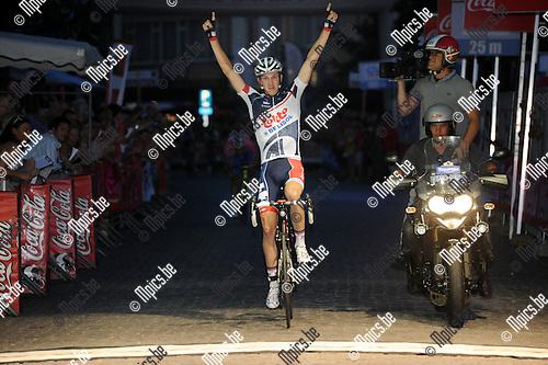 2012-07-26 / Wielrennen / seizoen 2012 / Criterium Herentals / Jurgen Van Den Broeck wint..Foto: Mpics.be