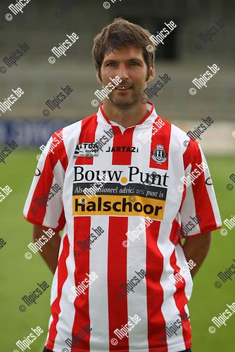 2009-07-19 / voetbal / seizoen 2009-2010 / Hoogstraten VV / MEEUSEN Peter..Foto: Maarten Straetemans (SMB)
