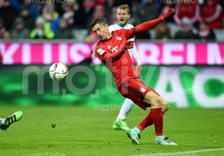 FUSSBALL  1. BUNDESLIGA  SAISON 2015/2016  24. SPIELTAG FC Bayern Muenchen - 1. FSV Mainz 05       02.03.2016 Robert Lewandowski (FC Bayern Muenchen)