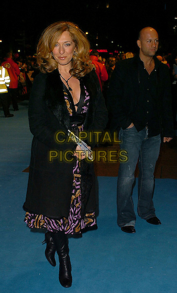 "TRACY-ANN OBERMAN.""Mrs Henderson Presents"" UK premiere at Vue Cinema, London, UK.November 23rd, 2005.Ref: CAN.full length black coat.www.capitalpictures.com.sales@capitalpictures.com.©Capital Pictures"