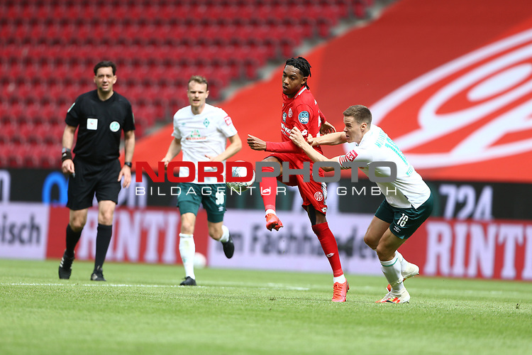 Jean Paul Boetius (FSV Mainz 05) im Zweikampf mit Niklas Moisander (SV Werder Bremen), <br /> <br /> Sport: Fussball: 1. Bundesliga:: nphgm001:  Saison 19/20: 33. Spieltag: 1. FSV Mainz 05 vs SV Werder Bremen 20.06.2020<br /> <br /> <br /> Foto: Neis/Eibner/Pool/via gumzmedia/nordphoto<br /> <br /> DFB regulations prohibit any use of photographs as image sequences and/or quasi-video.<br /> Editorial Use ONLY<br /> National and International News Agencies OUT<br /> <br />  DFL REGULATIONS PROHIBIT ANY USE OF PHOTOGRAPHS AS IMAGE SEQUENCES AND OR QUASI VIDEO<br /> EDITORIAL USE ONLY<br /> NATIONAL AND INTERNATIONAL NEWS AGENCIES OUT
