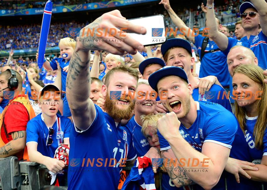 Aron Gunnarsson ( Iceland )  celebrates at the end of the match <br /> Paris 22-06-2016 Saint Denis Footballl Euro2016 Iceland - Austria / Islanda - Austria Group Stage Group F. Foto JB Autissier / Panoramic / Insidefoto