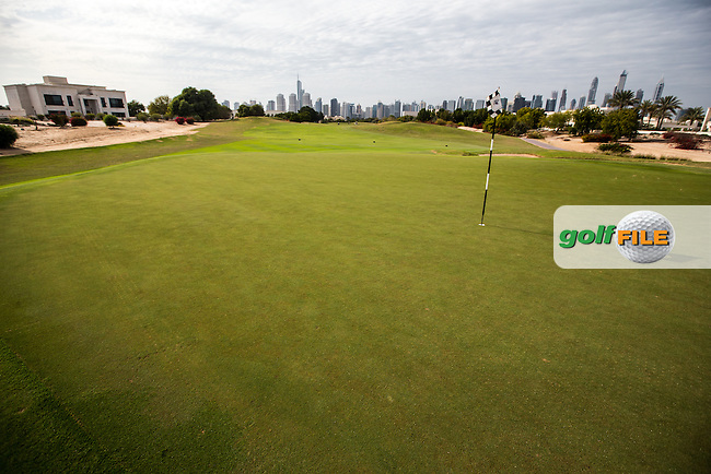 10th green at The Address Montgomerie Golf Club, Dubai, United Arab Emirates.  27/01/2016. Picture: Golffile | David Lloyd<br /> <br /> All photos usage must carry mandatory copyright credit (&copy; Golffile | David Lloyd)