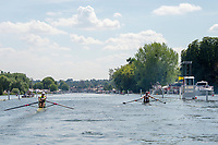"""Henley on Thames, United Kingdom, 3rd July 2018, Saturday,  """"Henley Royal Regatta"""",  Heat of """"The Diamond Sculls"""" left , """"Tom GRAVES, USA M1X""""and right """"Mahe DRYSDALE, NZL M1X"""" Henley Reach, River Thames, Thames Valley, England, UK."""