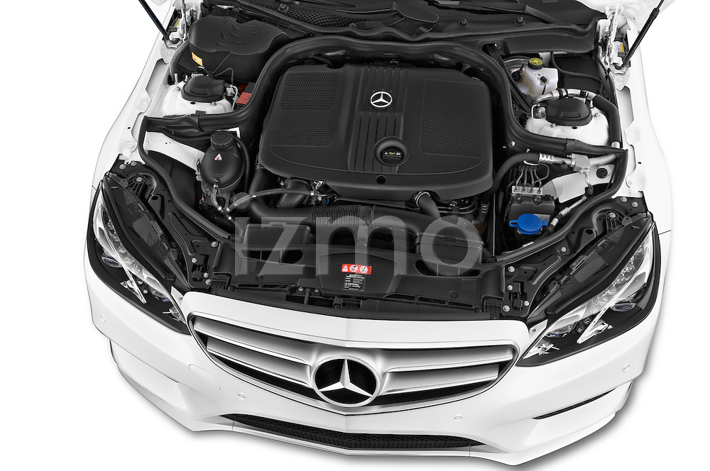 Car Stock 2015 Mercedes Benz Classe E E250 4Matic 5 Door Wagon 4WD Engine high angle detail view