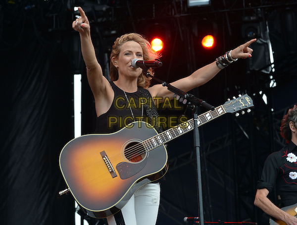 13 April 2014 - Fort Lauderdale, Florida - Sheryl Crow. 2014 Rock The Ocean&rsquo;s Tortuga Music Festival held at Fort Lauderdale Beach Park. <br /> CAP/ADM/LF<br /> &copy;Laura Farr/AdMedia/Capital Pictures
