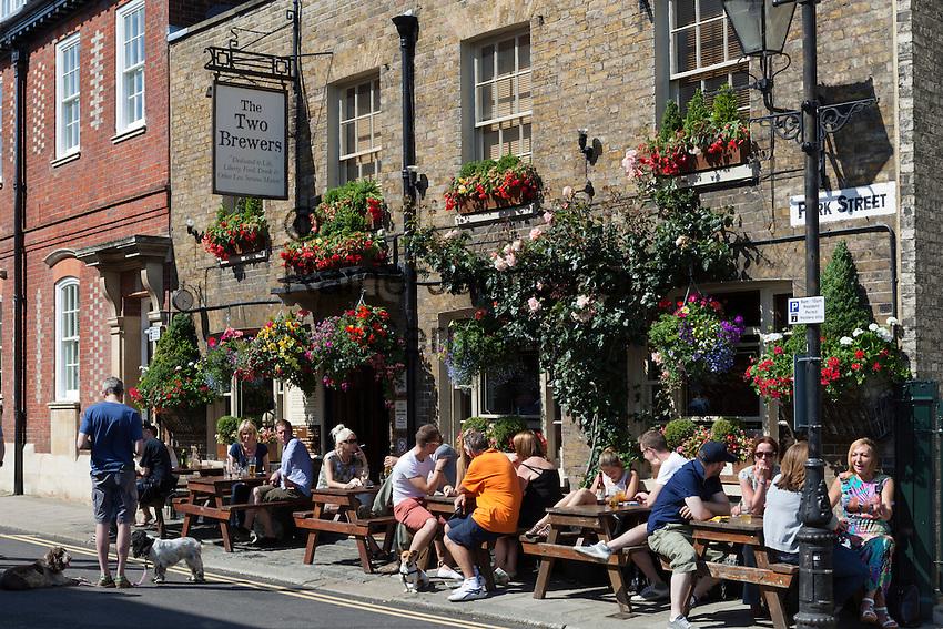 Great Britain, England, Berkshire, Windsor: The Two Brewers pub at Park Street | Grossbritannien, England, Berkshire, Windsor: The Two Brewers pub in der Park Street
