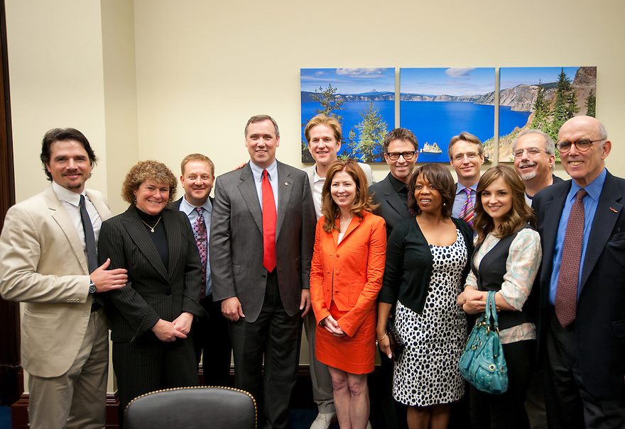 The Creative Coalition meet with Senator Jeff Merkley (D-OR)  Washington, D.C.