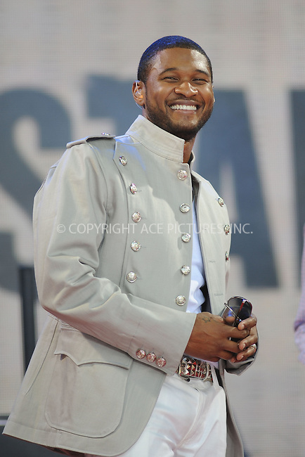 WWW.ACEPIXS.COM . . . . .....May 30, 2008 New York City.....Singer Usher performs on 'Good Morning America' in Bryant Park in New York City...  ....Please byline: Kristin Callahan - ACEPIXS.COM..... *** ***..Ace Pictures, Inc:  ..Philip Vaughan (646) 769 0430..e-mail: info@acepixs.com..web: http://www.acepixs.com