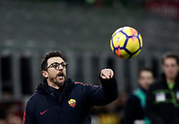 Calcio, Serie A: Inter - Roma, Milano, stadio Giuseppe Meazza (San Siro), 21 gennaio 2018.<br /> AS Roma's coach Eusebio Di Francesco speaks to his players during the Italian Serie A football match between Inter Milan and AS Roma at Giuseppe Meazza (San Siro) stadium, January 21, 2018.<br /> UPDATE IMAGES PRESS/Isabella Bonotto