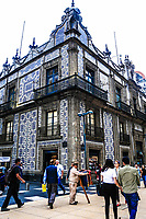 Sambors The Casa de los Azulejos or palace of the Counts of the Orizaba Valley, as it is also known, is a palace located in the historic center of Mexico City, on the pedestrian street of Madero and Calle Cinco de Mayo.<br /> (© Photo: LuisGutierrez / NortePhoto.com)<br /> Sambors. La casa de los Azulejos o palacio de los condes del Valle de Orizaba, como también se le conoce, es un palacio ubicado en el centro histórico de la Ciudad de México, en la calle peatonal de Madero y la calle Cinco de Mayo.<br /> (© Photo: LuisGutierrez / NortePhoto.com)