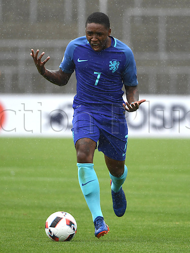 12.07.2016. Donaustadion, Ulm, Germany.  Netherland's Steven Bergwijn in action during the U19 European Soccer Championship Group B preliminary round match between Croatia and the Netherlands at Donaustadion in Ulm, Germany, 12 July 2016.