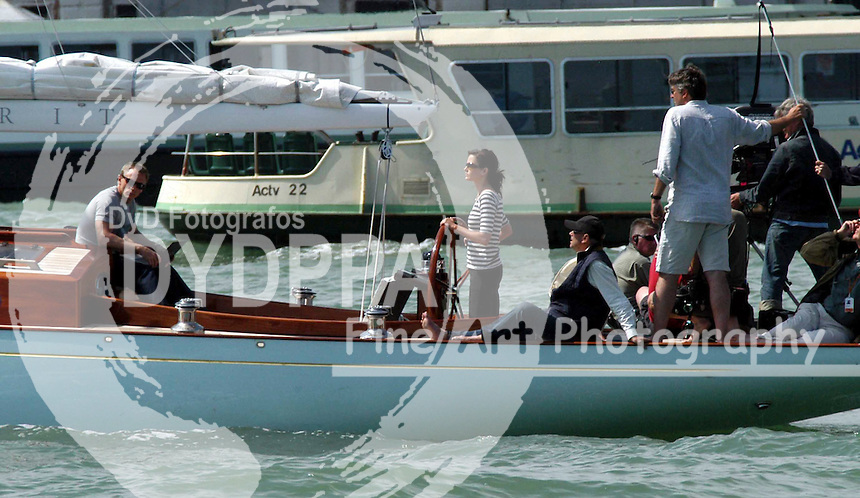 ITALY<br /> *******UK RIGTHS ONLY***************<br /> PICTURES BY: &copy;EAGLEPRESS<br /> PLEASE CREDIT ALL USES<br /> ----------------------------------<br /> DANIEL CRAIG AND EVA GREEN FILMING IN VENICE<br /> ----------------------------------<br /> CONTACT: EAGLEPRESS <br /> JAVIER MATEO <br /> 1F GRAND UNION CLOSE WOODFIELD ROAD <br /> W9 2BD <br /> MAIN: +44 (0)7786 514 443 <br /> SALES / SYNDICATION: +44 (0) 7866 493 740