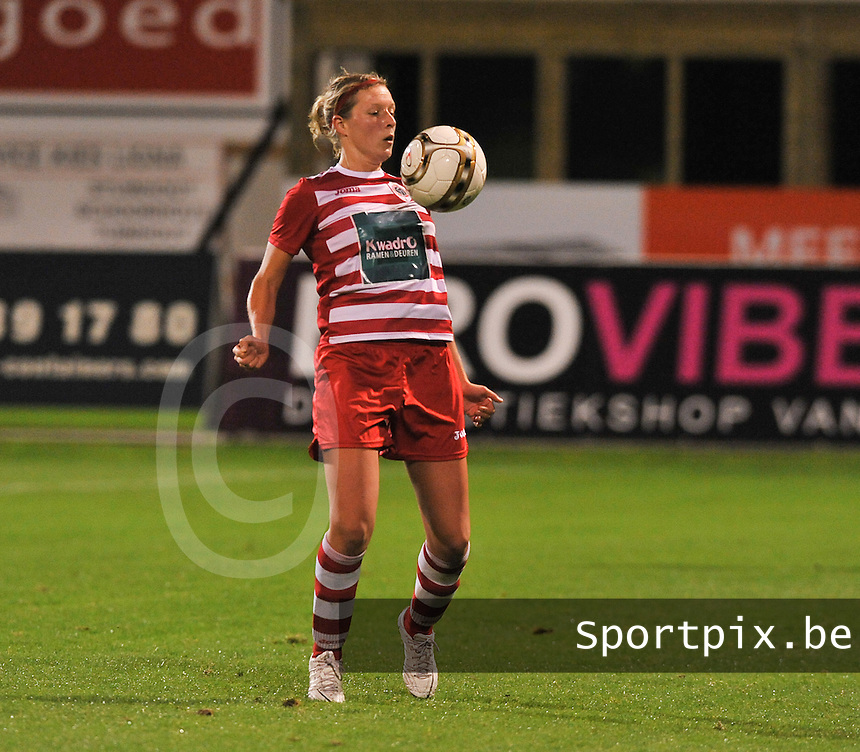 20131018 - ANTWERP , BELGIUM :  Antwerp Sophie Mannaert pictured during the female soccer match between Royal Antwerp FC Ladies and Telstar Vrouwen Ijmuiden , of the Eight' matchday in the BENELEAGUE competition. Friday 18 October 2013. PHOTO DAVID CATRY