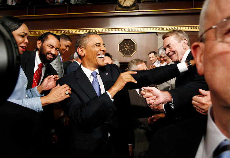 President Barack Obama arrives to address a joint session of the United States Congress on the subject of job creation on Capitol Hill in Washington, September 8, 2011.   REUTERS/Kevin Lamarque  (UNITED STATES)