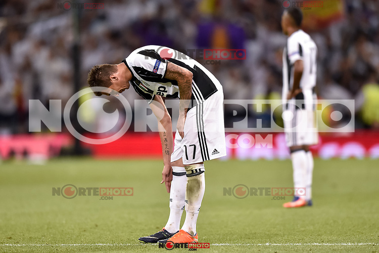 Mario Mandzukic of Juventus looks dejected during the UEFA Champions League Final match between Real Madrid and Juventus at the National Stadium of Wales, Cardiff, Wales on 3 June 2017. Photo by Giuseppe Maffia.<br /> <br /> Giuseppe Maffia/UK Sports Pics Ltd/Alterphotos /nortephoto.com