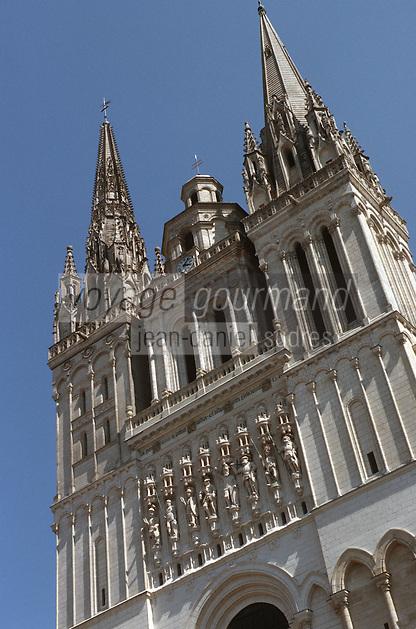 Europe/France/Pays de la Loire/49/Maine-et-Loire/Angers: Detail façade Cathedrale St Maurice