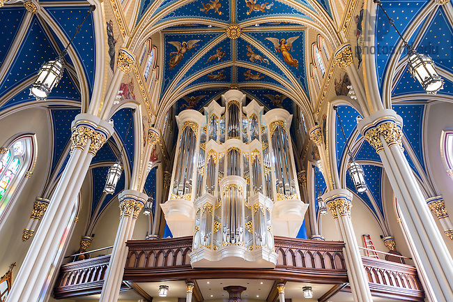 September 12, 2016;  The Murdy Family Organ in the Basilica of the Sacred Heart.  (Photo by Barbara Johnston/University of Notre Dame)