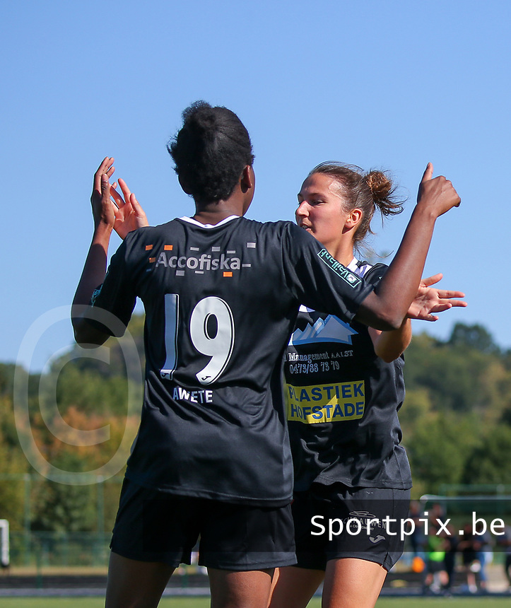 220190921 – LEUVEN, BELGIUM : E. Aalst's Henriette Awete is pictured celebrating her goal with Evy de Smedt during a women soccer game between Oud Heverlee Leuven Ladies B and Eendracht Aalst Ladies on the fourth matchday of the Belgian Division 1 season 2019-2020, the Belgian women's football national division 1, Saturday 21th September 2019 at the Bruinveld Youth Complex, Domeinstraat in Leuven , Belgium. PHOTO SPORTPIX.BE | SEVIL OKTEM