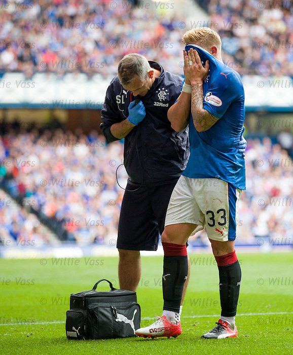 Martyn Waghorn hamstring injury as Stevie Walker tells the bench he is finished for the day