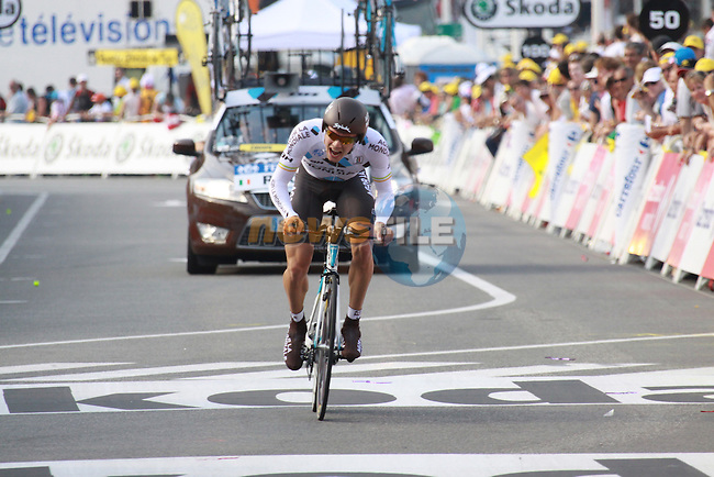 Nicolas Roche finishes the first stage prologue in the 2009 Tour de France, 4th July 2009 (Photo by Manus OReilly/NEWSFILE)