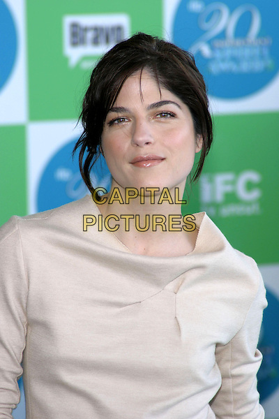 SELMA BLAIR.20th Annual IFP Independent Spirit Awards held on Santa Monica Beach. .February 26th, 2005.Photo credit: Jacqui Wong/AdMedia.headshot portrait .www.capitalpictures.com.sales@capitalpictures.com.© Capital Pictures.