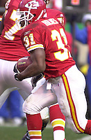 Kansas City Chiefs running back Priest Holmes running the ball against the San Diego Chargers at Arrowhead Stadium in Kansas City, Missouri on December 23, 2001.  The Chiefs won 20-17.