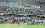 Stockholm 2015-07-16 Fotboll Kval Uefa Europa League  AIK - FC Shirak :  <br /> Vy &ouml;ver Tele2 Arena med konstgr&auml;s , publik och tomma l&auml;ktarsektioner under matchen mellan AIK och FC Shirak <br /> (Foto: Kenta J&ouml;nsson) Nyckelord:  AIK Gnaget Tele2 Arena UEFA Europa League Kval Kvalmatch FC Shirak Armenien Armenia inomhus interi&ouml;r interior supporter fans publik supporters konstgr&auml;s plastgr&auml;s gr&auml;s underlag