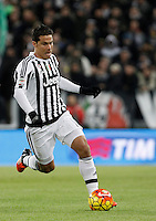 Calcio, Serie A: Juventus vs Milan. Torino, Juventus Stadium, 21 novembre 2015. <br /> Juventus Hernanes in action during the Italian Serie A football match between Juventus and AC Milan at Turin's Juventus stadium, 21 November 2015. Juventus won 1-0.<br /> UPDATE IMAGES PRESS/Isabella Bonotto