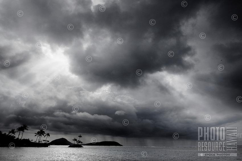 The scene before the storm over  southeastern O'ahu