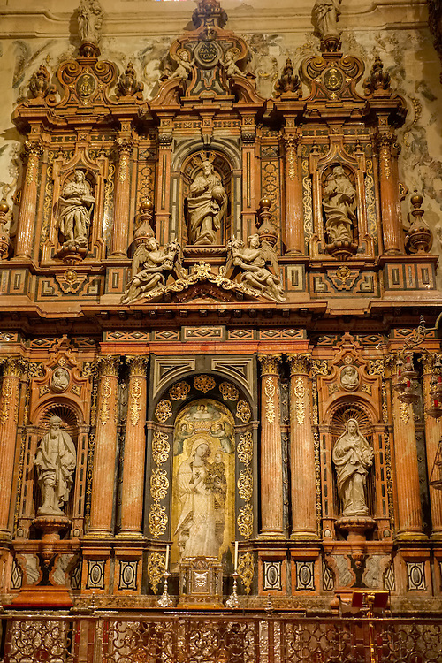 Beautiful, detailed artwork is present throughout the largest Gothic church in the world- Sevilla Cathedral.