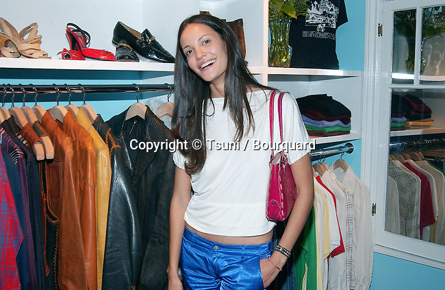 Claudia Mason at the party for the opening of Kelly Cole Lo-Fi, Hip Club Aesthetic for the High-End Vintage Clothes Hollywood store in Los Angeles. September 9, 2002           -            MasonClaudia10.jpg