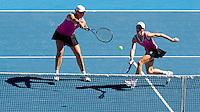 Cara Black (ZIM) (1) & Liezel Huber (USA) (1) against Venus Williams (USA) (2) & Serena Williams (USA) (2) in the Womens Doubles Finals. Williams & Williams beat Black & Huber 6-4 6-3..International Tennis - Australian Open Tennis - Fri 29  Jan 2010 - Melbourne Park - Melbourne - Australia ..© Frey - AMN Images, 1st Floor, Barry House, 20-22 Worple Road, London, SW19 4DH.Tel - +44 20 8947 0100.mfrey@advantagemedianet.com
