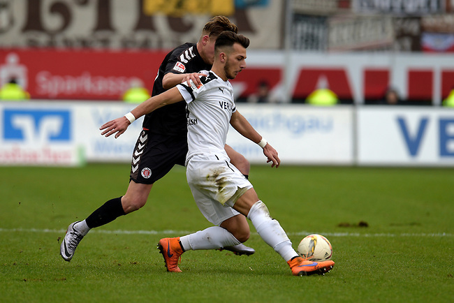 GER - Sandhausen, Germany, March 19: During the 2. Bundesliga soccer match between SV Sandhausen (white) and FC ST. Pauli (grey) on March 19, 2016 at Hardtwaldstadion in Sandhausen, Germany. (Photo by Dirk Markgraf / www.265-images.com) *** Local caption *** Leart Paqarada #19 of SV Sandhausen, Marc Hornschuh #16 of FC St. Pauli