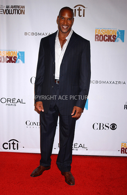 WWW.ACEPIXS.COM . . . . . ....NEW YORK, SEPTEMBER 8, 2005....Henry Simmons at the Fashion Rocks Concert held at Radio City Music Hall.....Please byline: KRISTIN CALLAHAN - ACE PICTURES.. . . . . . ..Ace Pictures, Inc:  ..Craig Ashby (212) 243-8787..e-mail: picturedesk@acepixs.com..web: http://www.acepixs.com