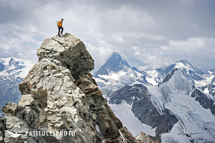 A documentary of peak 41 of Ueli Steck's 82 Summit project. The Zinalrothorn above Zermatt marked the halfway point of his goal of all 82 4000 meter peaks done entirely under his own power.